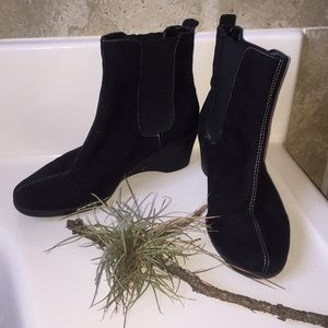 Nice ankle boots, in good condition